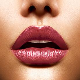 Maquillaje permanente para labios perfectos