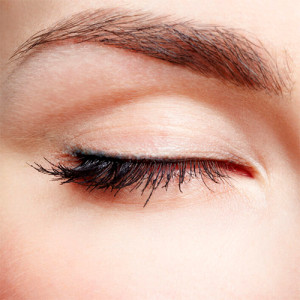Definición de pestañas con maquillaje permanente por Carol Furey